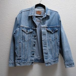Vintage Levi's Lightwash Denim Jacket